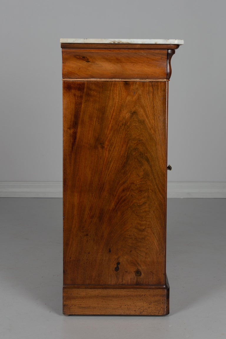 Veneer 19th Century Louis Philippe Side Table For Sale