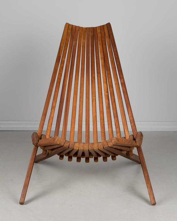 Nice Mid Century Modern Mid Century Teak Folding Chair For Sale