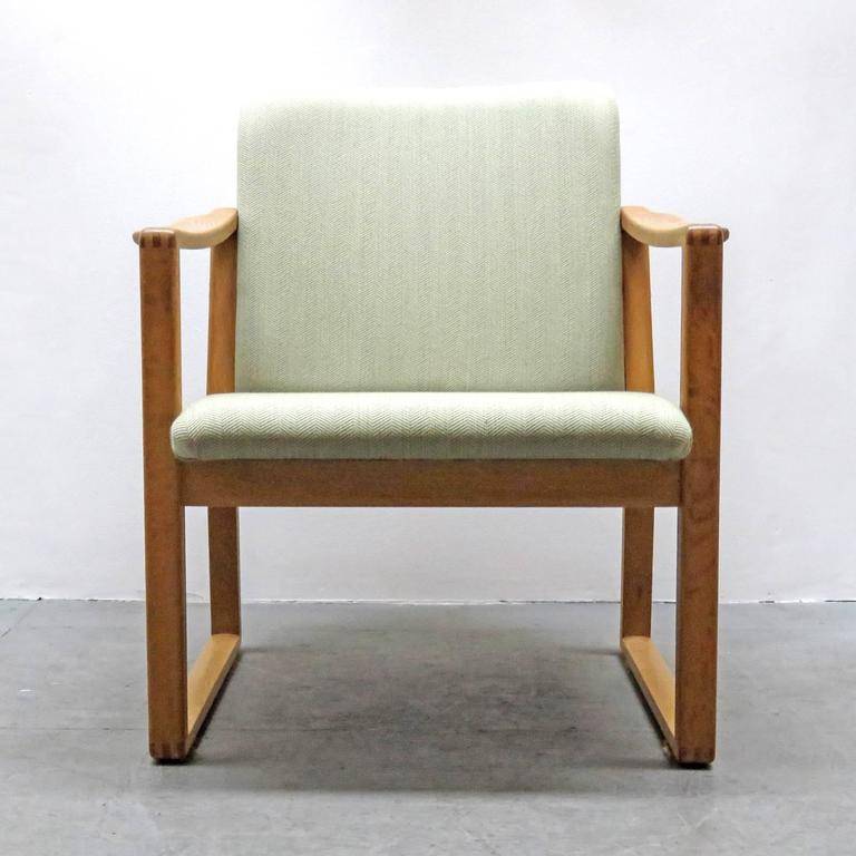 Wonderful set of six Børge Mogensen dining chairs, organically shaped solid oak frames with gray/greenish upholstery, model 233, designed in 1956.