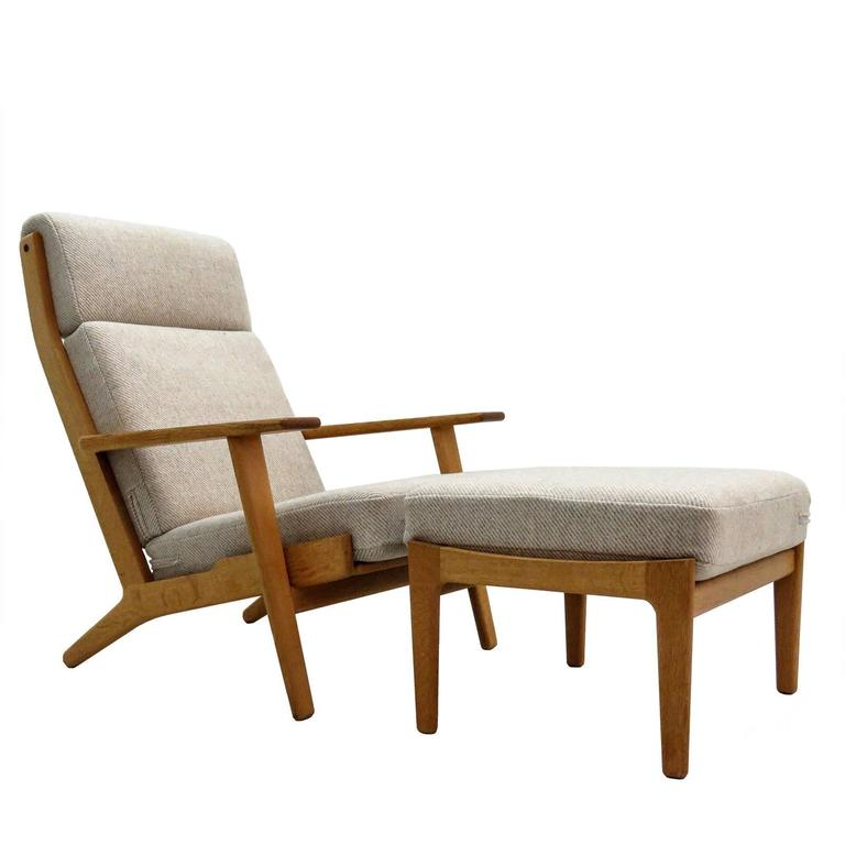 Superieur Hans J. Wegner U0027GE 290u0027 High Back Chair And Ottoman For Sale