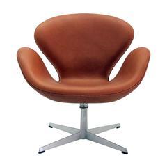 Arne Jacobsen, Swan Chair, Model 3320