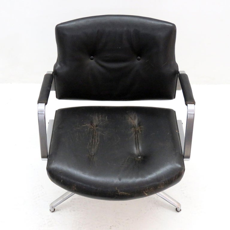 Preben Fabricius and Jørgen Kastholm Office Chair Model FK84 In Fair Condition For Sale In Los Angeles, CA