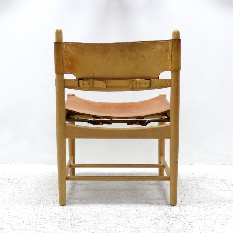 Mid-20th Century Pair of Børge Mogensen 'Hunting' Chairs, Model 3237 For Sale