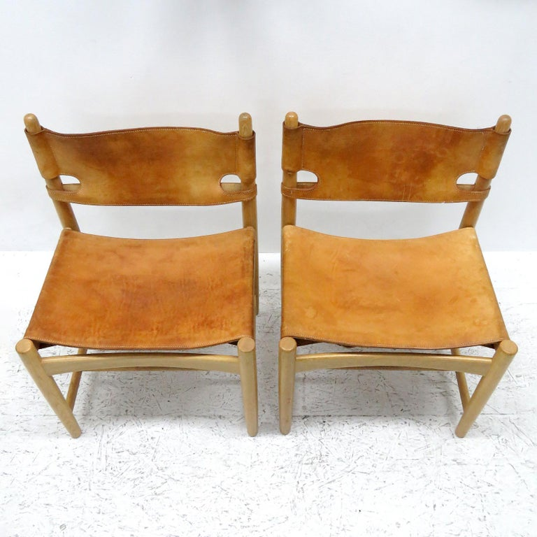 Leather Pair of Børge Mogensen 'Hunting' Chairs, Model 3237 For Sale