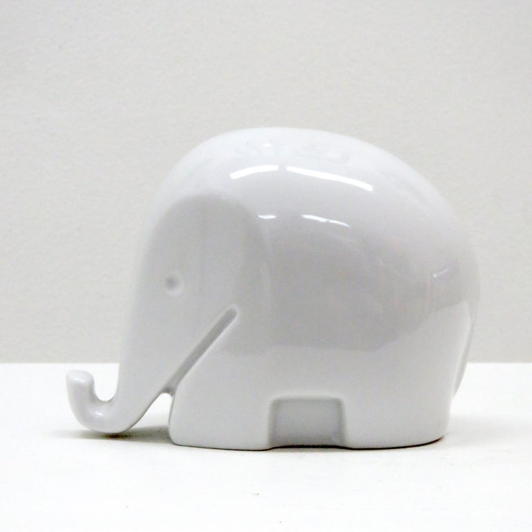 Precious iconic elephant shaped piggy bank in white porcelain by Luigi Colani for Höchst Porcelain, Germany, 1970, marked