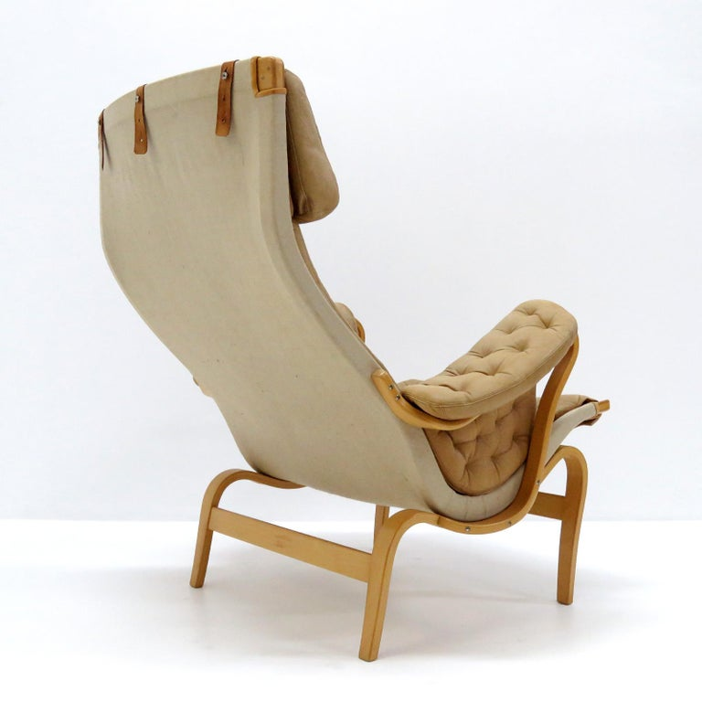 Pernilla Lounge Chairs by Bruno Mathsson for DUX In Good Condition For Sale In Los Angeles, CA