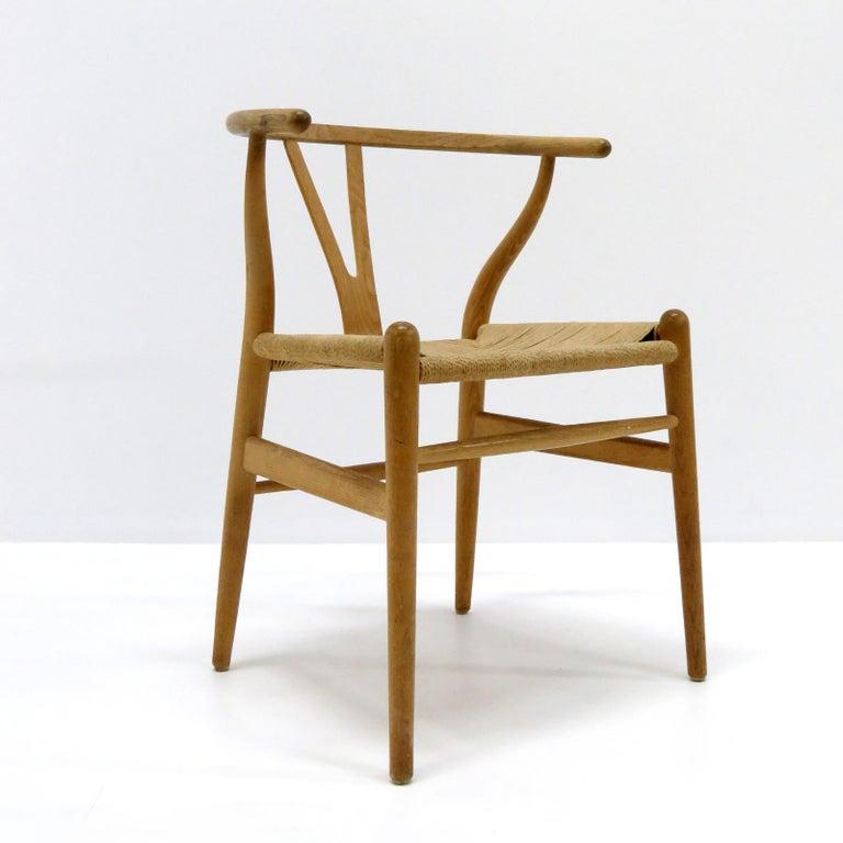 Scandinavian Modern Hans J. Wegner Model CH-24 Dining Chairs, 1950 For Sale