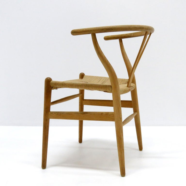 Hans J. Wegner Model CH-24 Dining Chairs, 1950 In Good Condition For Sale In Los Angeles, CA