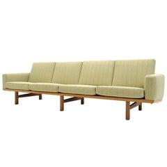 Hans J. Wegner Sofa Model GE-236/4