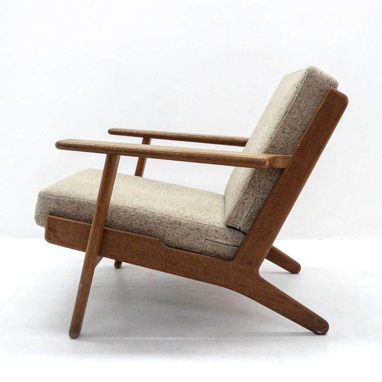 Hans J. Wegner GE 290 Lounge Chair For Sale 1