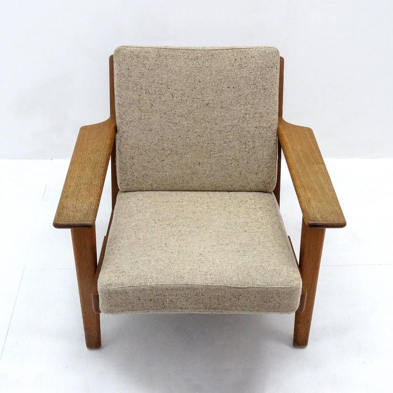 Hans J. Wegner GE 290 Lounge Chair For Sale 2