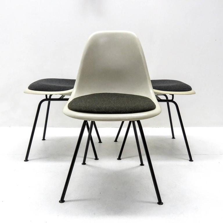 Set of Six Eames DSX Dining Chairs for Herman Miller For  : EamesDSXChairs8l from www.1stdibs.com size 768 x 768 jpeg 37kB