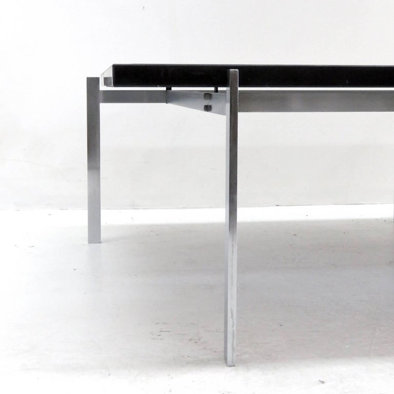 Poul Kjaerholm PK61 for E. Kold Christensen Coffee Table In Excellent Condition For Sale In Los Angeles, CA
