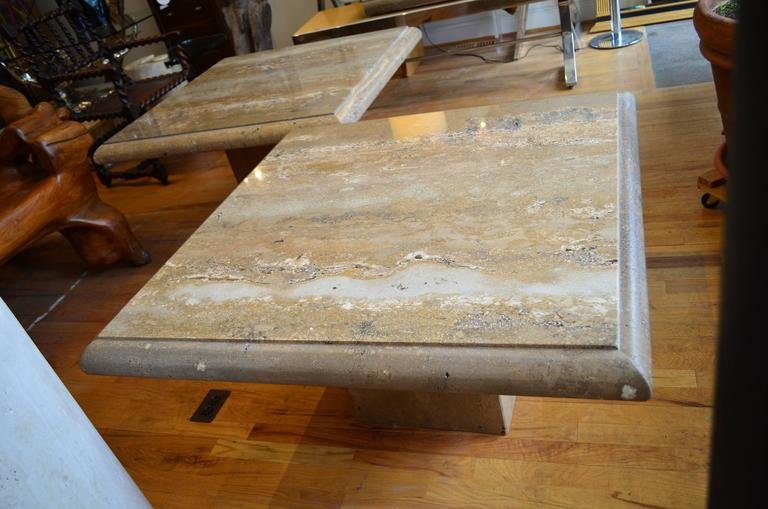 Travertine Pair of Large Square Coffee Tables In Good Condition For Sale In Chicago, IL