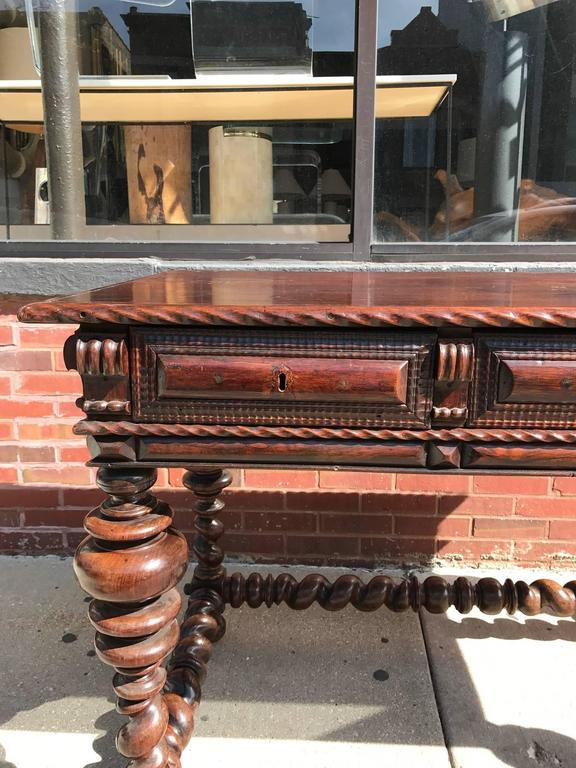 Portuguese Rosewood 18th Century  Library Center Table For Sale 2
