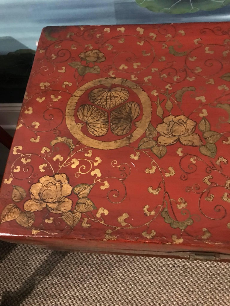 Hand-Painted Antique Chinese Leather Trunk with Gold Crests For Sale