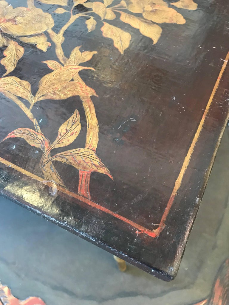 Wood Pair of Chinoiserie Lacquer Side Tables For Sale