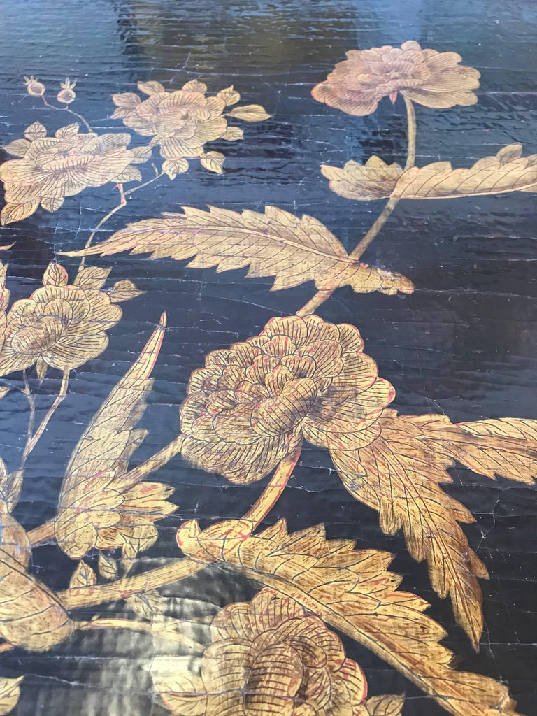 Pair of Chinoiserie Lacquer Side Tables For Sale 1