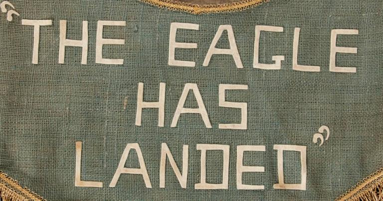Homemade Banner Commemorating the Landing of Apollo 11 on the Moon In Good Condition For Sale In York County, PA