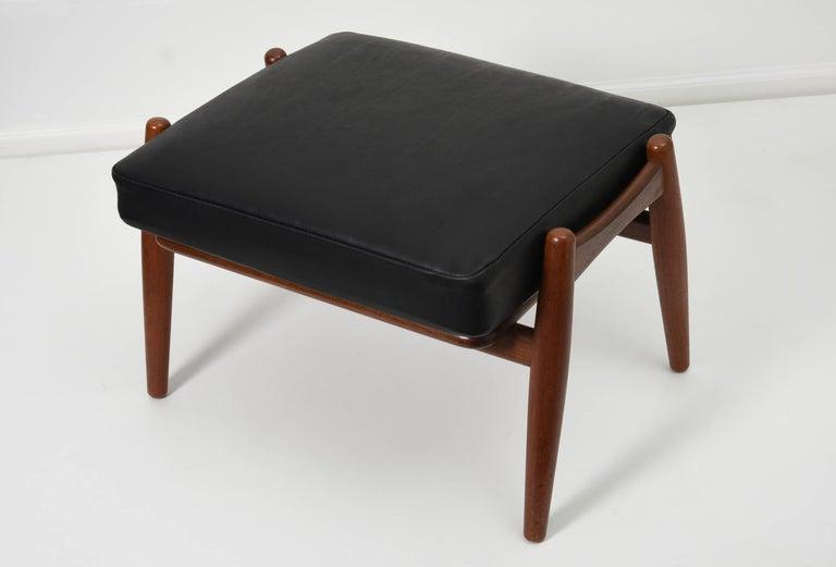Hans J. Wegner Ottoman for GETAMA, 1950s For Sale 1