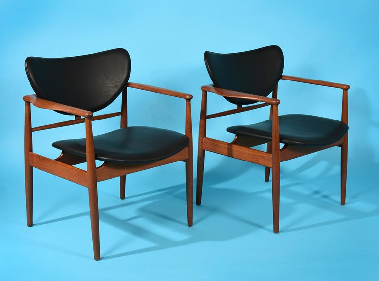 Finn Juhl by Niels Vodder, Pair of Armchairs, Model NV48 For Sale 8