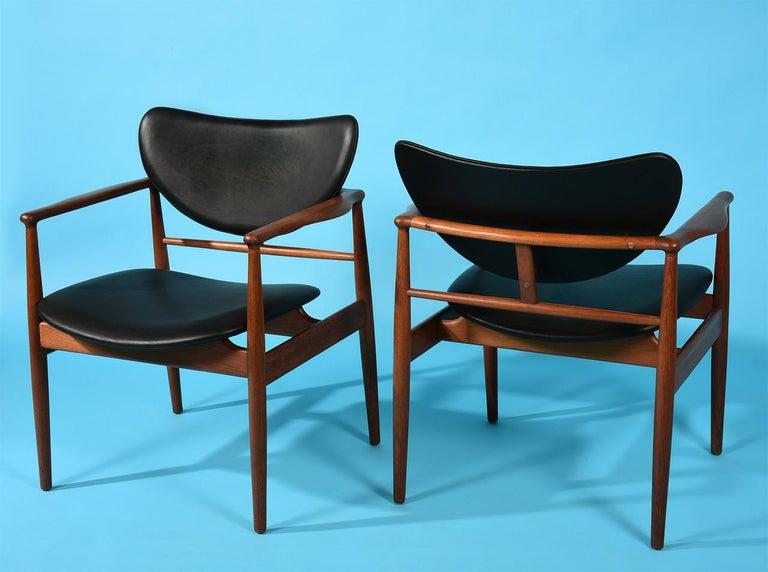 Scandinavian Modern Finn Juhl by Niels Vodder, Pair of Armchairs, Model NV48 For Sale