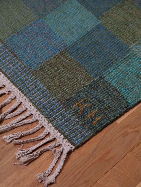 Hand-Knotted KARIN JÖNSSON, Flatweave Rug, Klockargårdens Hemslöjd, ca.1960s For Sale