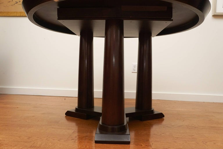 Contemporary Extension Dining Table In Good Condition For Sale In Hudson, NY