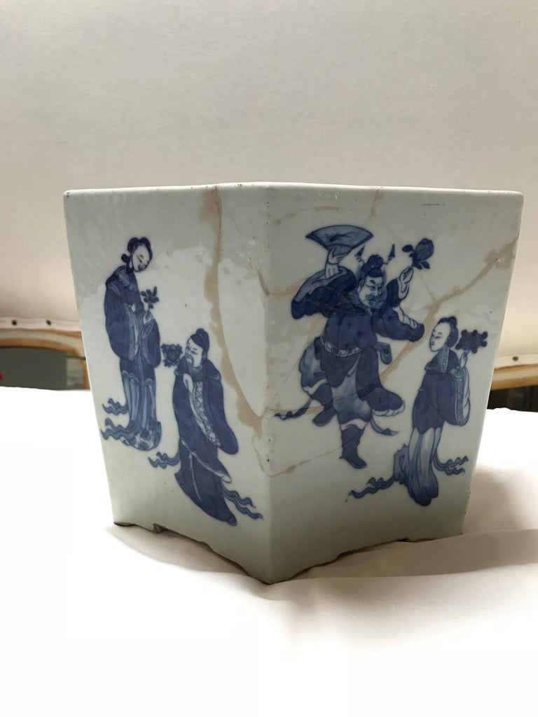Glazed Vintage 1950s Chinese Blue and White Hex-Pot For Sale