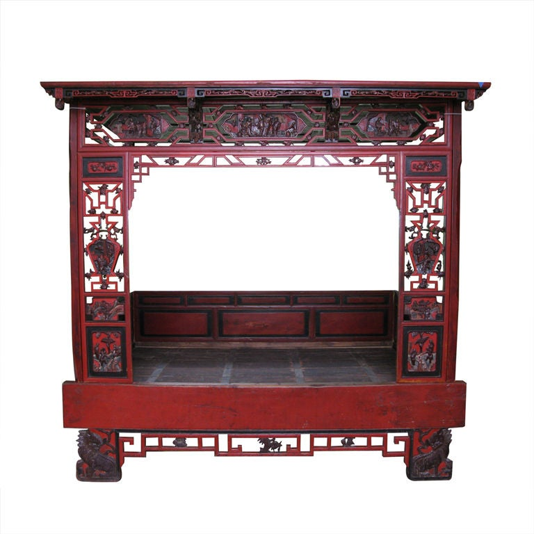 19th Century Chinese Lacquer Wedding Bed For Sale at 1stdibs