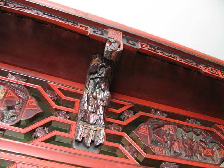19th Century Chinese Lacquer Wedding Bed For Sale 3