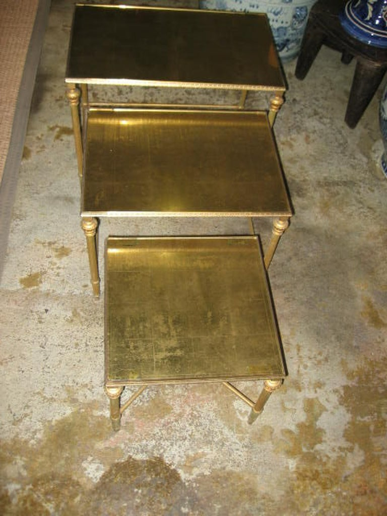 Set of Three French, Gold Mirror Topped Nesting Tables In Good Condition In Dallas, TX
