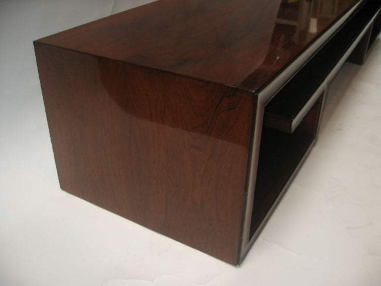 Paul Frankl Midcentury Rosewood Cocktail Table For Sale 1