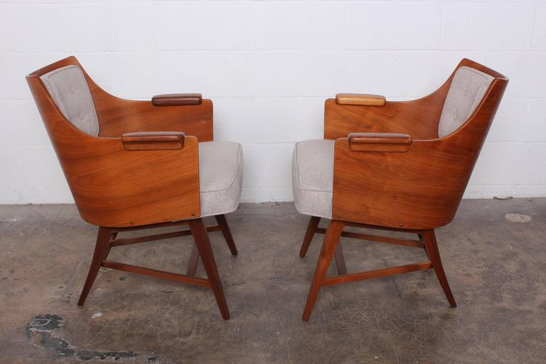 Rare Pair of Lounge Chairs by Edward Wormley for Dunbar For Sale 6