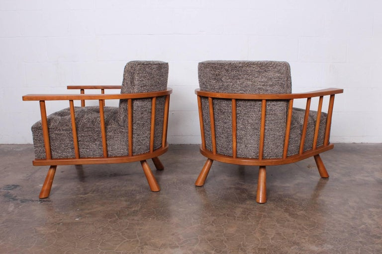 Pair of Lounge Chairs by T.H. Robsjohn-Gibbings For Sale 4