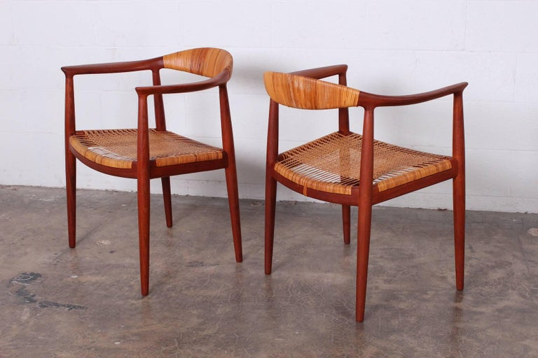 "Set of Eight ""Classic"" Chairs by Hans Wegner for Johannes Hansen 7"