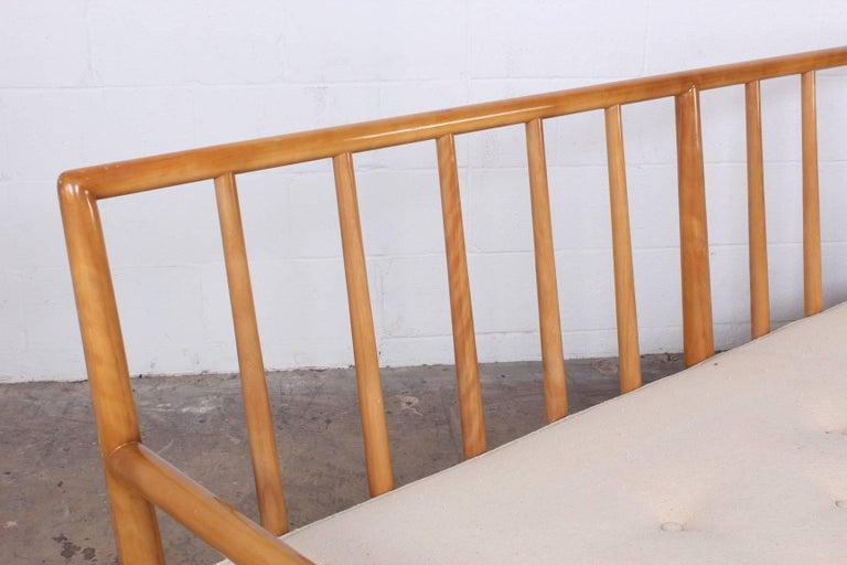Sofa by T.H. Robsjohn-Gibbings for Widdicomb For Sale 6