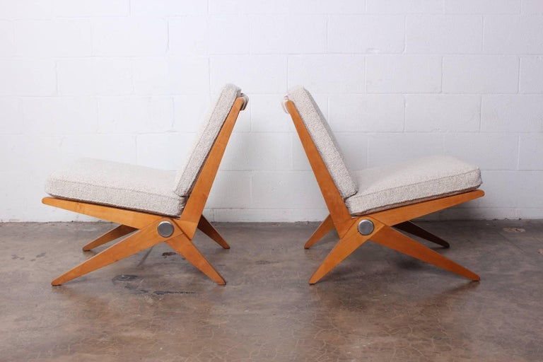 Pair of Knoll Scissor Chairs by Pierre Jeanneret For Sale 2