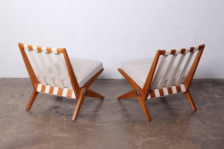 Pair of Knoll Scissor Chairs by Pierre Jeanneret For Sale 4