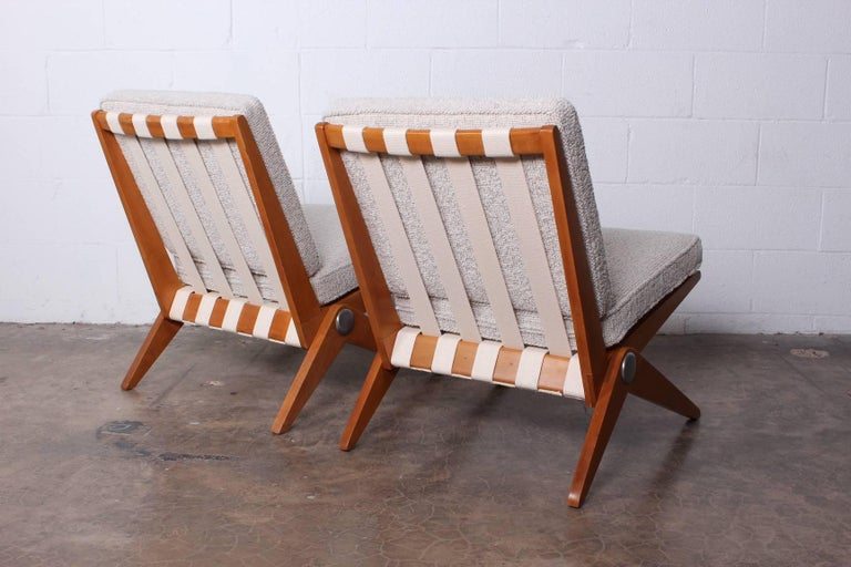 Pair of Knoll Scissor Chairs by Pierre Jeanneret For Sale 1