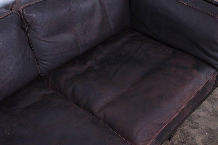 Leather V11 Sofa by Illum Wikkelsø For Sale 1