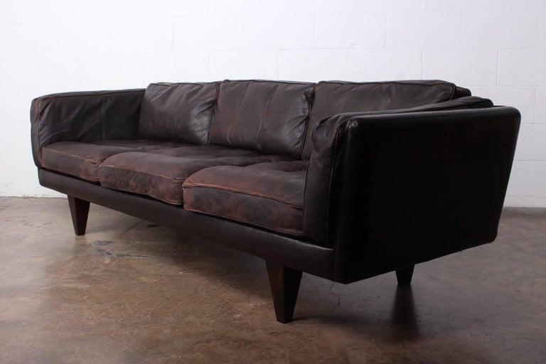 Leather V11 Sofa by Illum Wikkelsø For Sale 6
