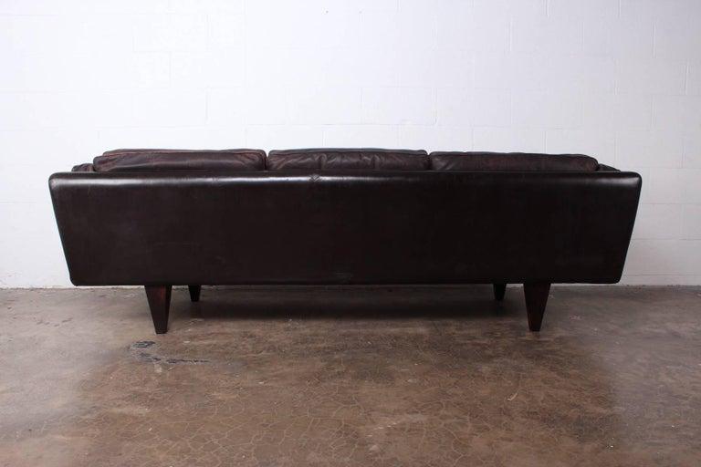 Leather V11 Sofa by Illum Wikkelsø For Sale 9