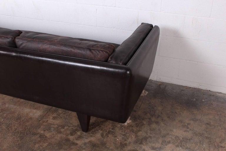 Leather V11 Sofa by Illum Wikkelsø For Sale 11