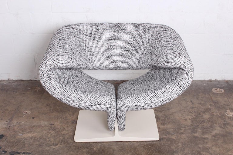 Pierre Paulin for Artifort Ribbon Chair In Excellent Condition For Sale In Dallas, TX