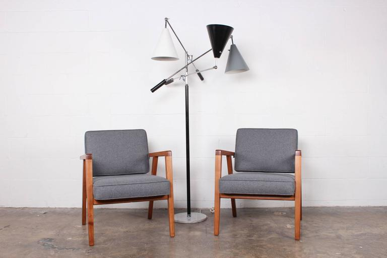 Pair of Lounge Chairs by Franco Albini For Sale 2