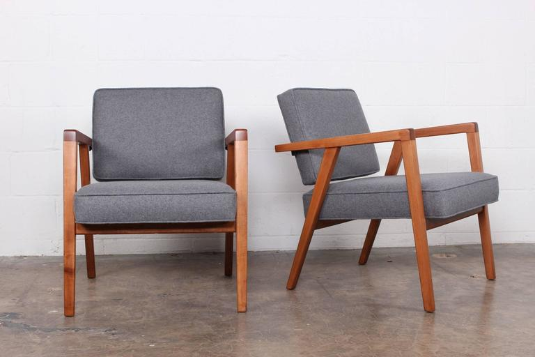 Pair of Lounge Chairs by Franco Albini In Excellent Condition For Sale In Dallas, TX