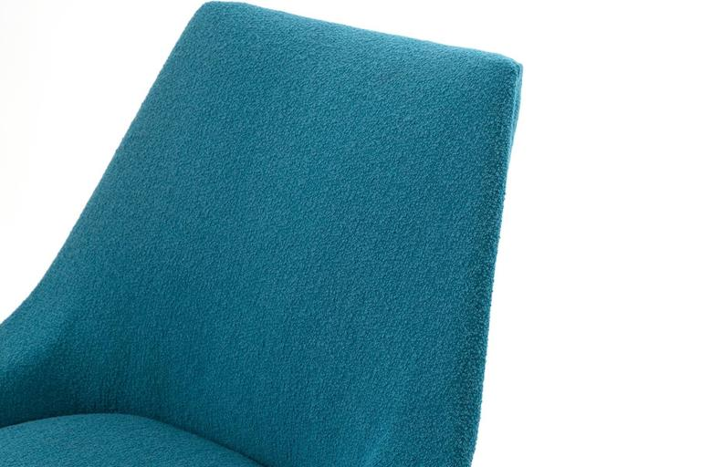 Mid-Century Modern Pair of Sculptural Upholstered Lounge Chairs For Sale