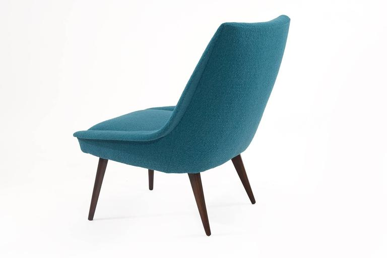 Pair of Sculptural Upholstered Lounge Chairs In Excellent Condition For Sale In Phoenix, AZ