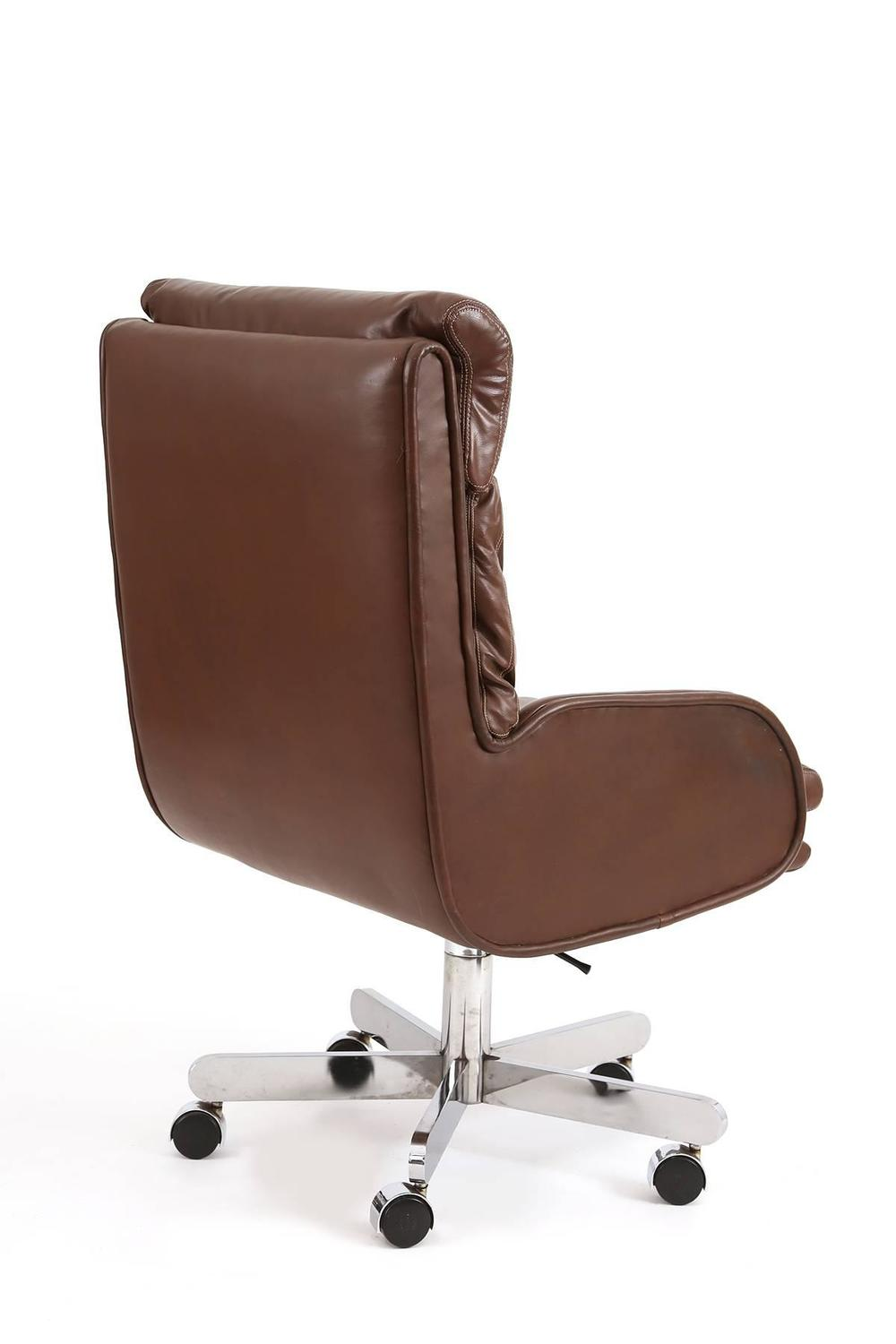 roger sprunger for dunbar leather and chrome office chair at 1stdibs